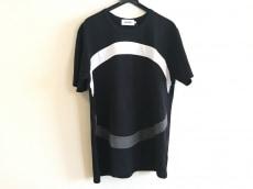 アロイのTシャツ