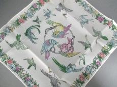 シイノショウベイショウテンのスカーフ