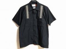 モニタリーのシャツ