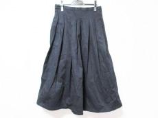 グランマママドーターのスカート