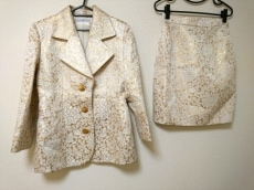 GIVENCHY(ジバンシー)/スカートスーツ