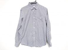マーヴィージャモークのシャツ