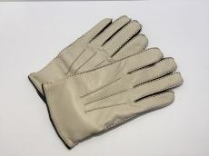 クリケットの手袋