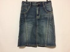 フロムファーストミュゼのスカート