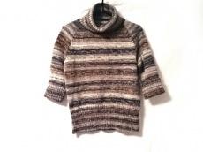 エプタモーダのセーター