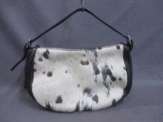 ニコリのショルダーバッグ
