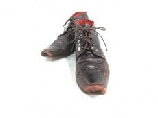 KOIL(コイル)のブーツ