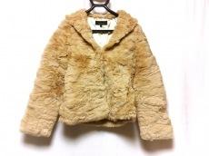 マーキュリーのコート