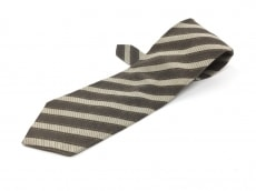 バルバスのネクタイ