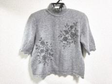 シャミーのセーター
