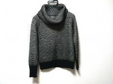 ラモアールデリュクスのセーター