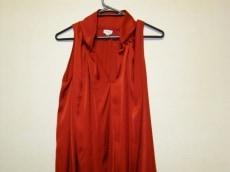 ホスイントロピアのドレス