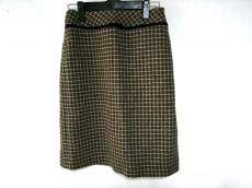 ダイナスティーのスカート