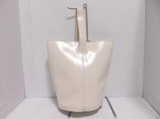 トゥデイフルのハンドバッグ