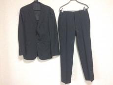 バセットウォーカーのメンズスーツ