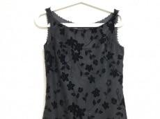 YUKITORII(ユキトリイ)のドレス