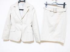 22OCTOBRE(ヴァンドゥ オクトーブル)/スカートスーツ