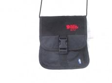 フェールラーベンのショルダーバッグ