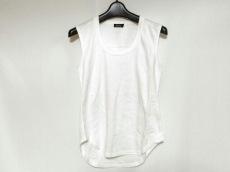 エムフィルのTシャツ