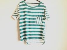 ブフトのTシャツ