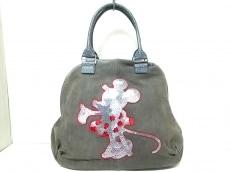 イノーヴェのハンドバッグ