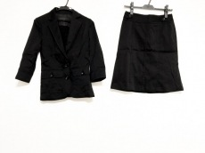 Burberry Black Label(バーバリーブラックレーベル)/スカートスーツ