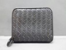BOTTEGA VENETA(ボッテガヴェネタ)/2つ折り財布