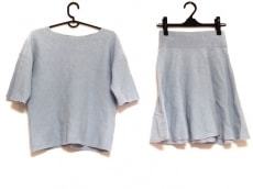 ロアフィリーのスカートセットアップ