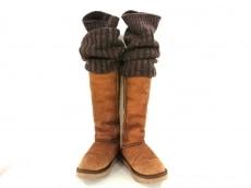 ラブコレクティブのブーツ