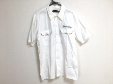 ブラックフライズのシャツ