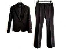 イングのレディースパンツスーツ