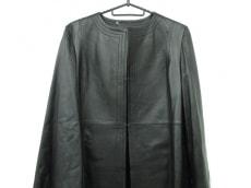 ミカコナカムラのコート
