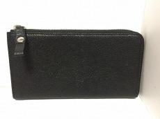 コーネリアンタウラスの長財布
