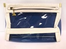 ゴールデンレーンのセカンドバッグ
