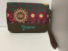 Desigual(デシグアル)/2つ折り財布