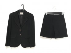 ARMANIJEANS(アルマーニジーンズ)/スカートスーツ