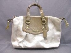COACH(コーチ)のアシュリー ドット オプアート サッチェルのハンドバッグ