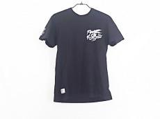 アディクトのTシャツ