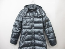 MONCLER(モンクレール)のMEINA