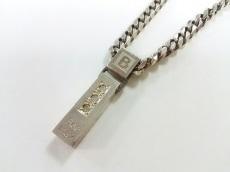 ビーマックスのネックレス