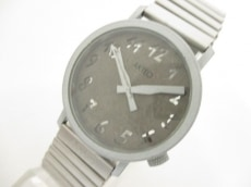 アクティオの腕時計