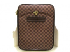 LOUIS VUITTON(ルイヴィトン)のペガス50のキャリーバッグ