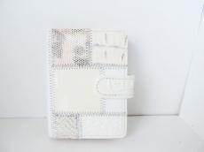 ミシェルアンジェロのカードケース