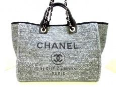 CHANEL(シャネル)のドーヴィルラインGMのトートバッグ