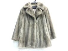 フィアンセスのコート