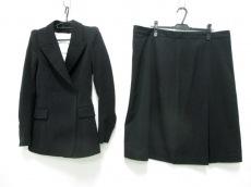 エイチアンドエム×マルタンマルジェラのスカートスーツ