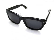 フリーダムのサングラス