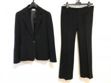 レディラックルカのレディースパンツスーツ