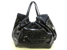 CHANEL(シャネル)のココカバスGMのショルダーバッグ