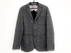 アティピコのジャケット